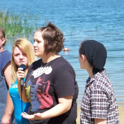 2009 Chris, Nichole G., Paige, and Nichole D. share their testimony before they are baptized by Pastor Debbie.